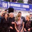 Anne Parillaud, Claude Lelouch, et Victoria Bedos et Florence Thomassin lors de la cérémonie de clôture du 27ème Festival du film britannique de Dinard, le 1er octobre 2016