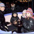 Laeticia Hallyday avec Jade et la fille de Calogero (au centre)