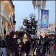 Laeticia Hallyday avec Jade sur Main Street