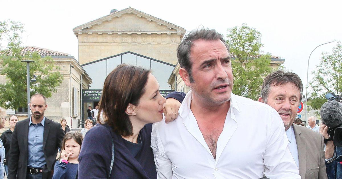 Jean dujardin et sa compagne nathalie p chalat enceinte for Famille dujardin
