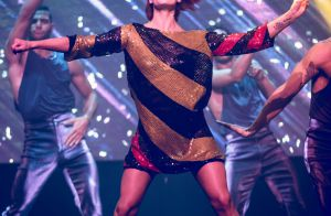 Saturday Night Fever : Fauve Hautot, divine en action et rejointe par une star...