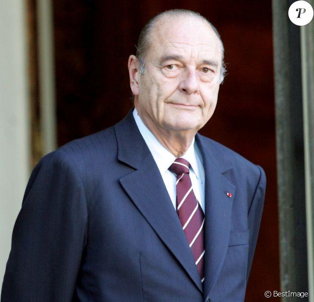 Le Président Jacques Chirac reçoit le roi du Marco Mohammed VI à l'Elysée, le 12 mars 2005 à Paris