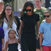 Victoria Beckham : Son adorable petite Harper plus sociable qu'elle !
