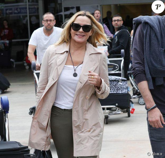 Kim Cattrall arrive à l'aéroport de Sydney, le 17 octobre 2016