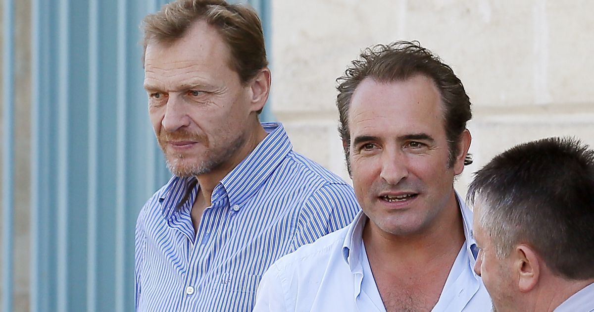 Exclusif jean dujardin pr sente en avant premi re brice for Jean dujardin parents