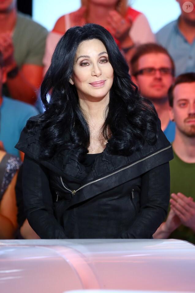 """La chanteuse Cher - Exclusif - Emission """"Touche pas mon poste"""" à Paris le 10 octobre 2013."""