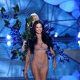 Adriana Lima au défilé de mode de Victoria's Secret à Lexington Avenue Armory à New York, le 10 novembre 2015.