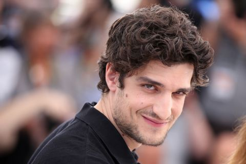 "Louis Garrel : ""À 11 ans, on regardait du porno en groupe"""