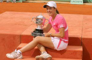 Justine Henin enceinte : L'ex-championne de tennis attend