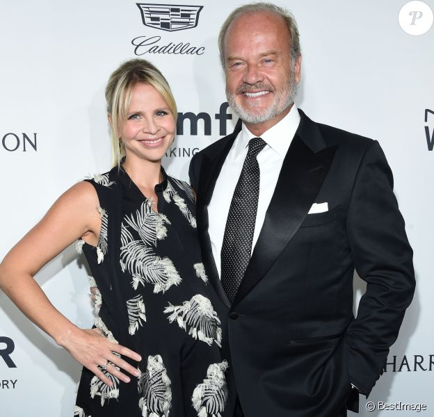 Kayte Walsh enceinte et son mari Kelsey Grammer au gala amFAR's Inspiration au studios Milk à Los Angeles, le 27 octobre 2016