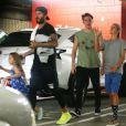 David Beckham à la sortie de son cours de CoulCycle avec ses enfants Brooklyn, Romeo et Harper à West Hollywood, le 27 octobre 2016