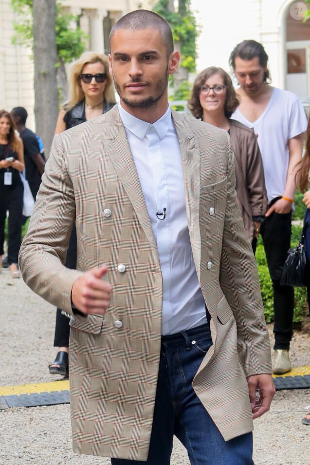 Baptiste Giabiconi au défilé de mode Balmain Hommes printemps-été 2017 à l'hôtel Potoki à Paris, le 25 juin 2016.