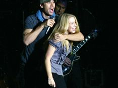 PHOTOS : Quand Enrique Iglesias trompe Anna Kournikova... sur scène!
