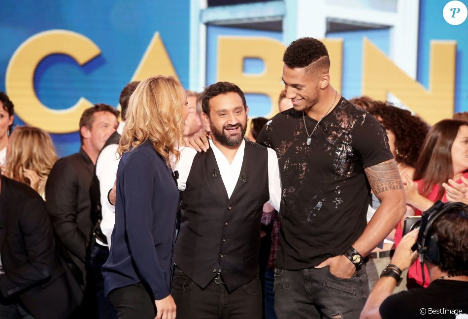 tony yoka son amiti avec cyril hanouna je garde une distance de combat purepeople. Black Bedroom Furniture Sets. Home Design Ideas