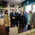 Carla Bruni-Sarkozy et Nicolas Sarkozy votent pour les primaires de la droite et du centre dans une école du 16ème arrondissement de Paris le 20 novembre 2016. © Hamilton / Pool / Bestimage