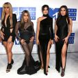 Normandi Kordei, Dinah Jane Hansen, Ally Brooke, Camila Cabello et Lauren Jauregui du groupe Fifth Harmony à la soirée des MTV Video Music Awards 2016 à Madison Square Garden à New York, le 28 août 2016