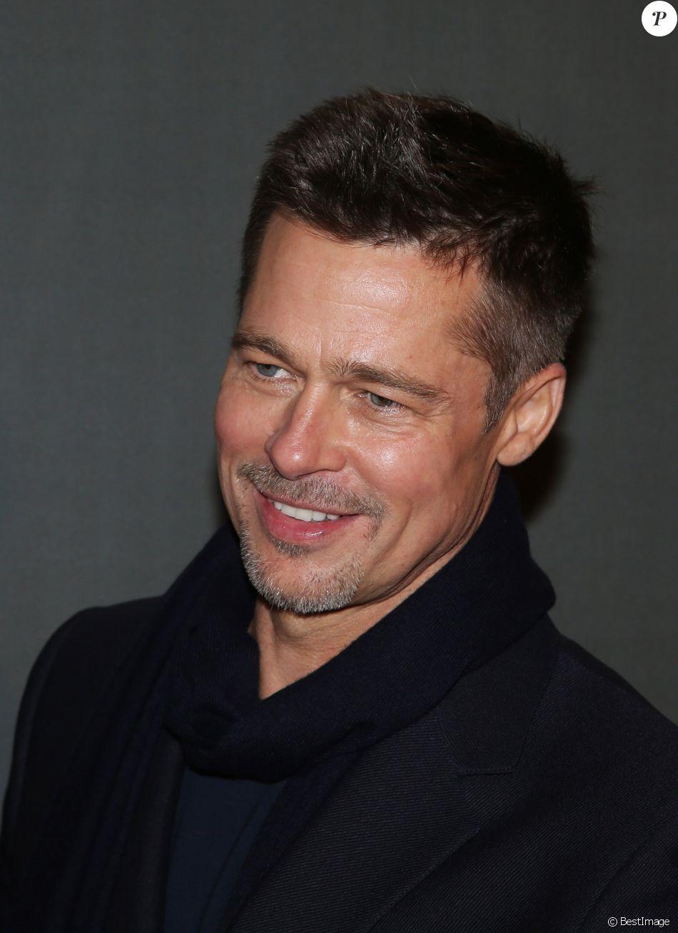 """Brad Pitt - Avant-première du film """"Alliés"""" au cinéma UGC Normandie à Paris, le 20 novembre 2016. © Denis Guignebourg/Bestimage"""
