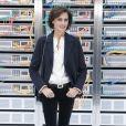 """Inès de la Fressange - People au défilé de mode """"Chanel"""", collection prêt-à-porter Printemps-Eté 2017 au Grand Palais à Paris, le 4 octobre 2016. © Olivier Borde / Bestimage"""
