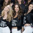 Les mannequins du défilé Victoria's Secret 2016 au Grand Palais à Paris le 28 novembre 2016. © Cyril Moreau / Bestimage