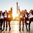 Lily Aldridge, Alessandra Ambrosio, Elsa Hosk, Adriana Lima,  Josephine Skriver et Jasmine Tookes au Trocadéro. Paris, le 29 novembre 2016.