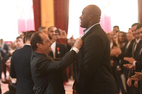 Teddy Riner géant face à François Hollande, sa belle Luthna à ses côtés