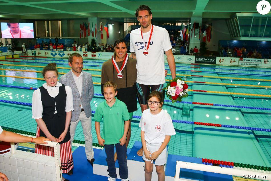 Camille lacourt remporte le 50m homme aux finales du mare for Piscine stade louis 2