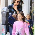 Exclusif - Alessandra Ambrosio et sa fille Anja à Los Angeles, le 9 décembre 2016.