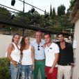 David Ginola avec sa femme et ses enfants à Ramatuelle, le 10 juillet 2012.