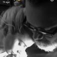 """Lady Gaga se fait tatouer le mot """"Haus"""" - le surnom donné à son équipe artistique - à l'arrière du bras gauche, le 20 décembre 2016. Photo publiée sur son compte Snapchat."""