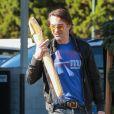 Olivier Martinez fait du shopping à Bristol Farms à Los Angeles, le 16 décembre 2016  Actor Olivier Martinez does some shopping at Bristol Farms in Los Angeles, California on December 16, 201616/12/2016 - Los Angeles