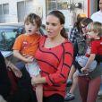 L'ex-femme de Charlie Sheen Brooke Mueller est allee recuperer ses jumeaux Bob et Max a l'ecole a Los Angeles, le 8 Novembre 2013