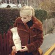 Emma Roberts la bague au doigt sur sa page Instagram au mois de novembre 2016