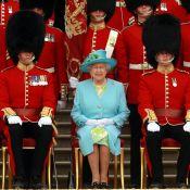 La reine Elizabeth II a manqué de se faire tirer dessus par un de ses gardes !