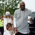 Lamar Odom et sa femme Khloé Kardashian avec ses enfants Mason Disick et Penelope Disick - Les membres de la famille Kardashian arrivent à l'église de Agoura Hills pour la messe de Pâques à Hagoura Hills le 27 Mars 2016.