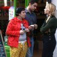 """Lena Dunham et Jemima Kirke sur le tournage de la série """"Girls"""" à New York. Le 17 avril 2015."""