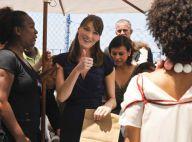 PHOTOS : Carla Bruni-Sarkozy émue par les enfants au défilé de mode au coeur d'une favela...
