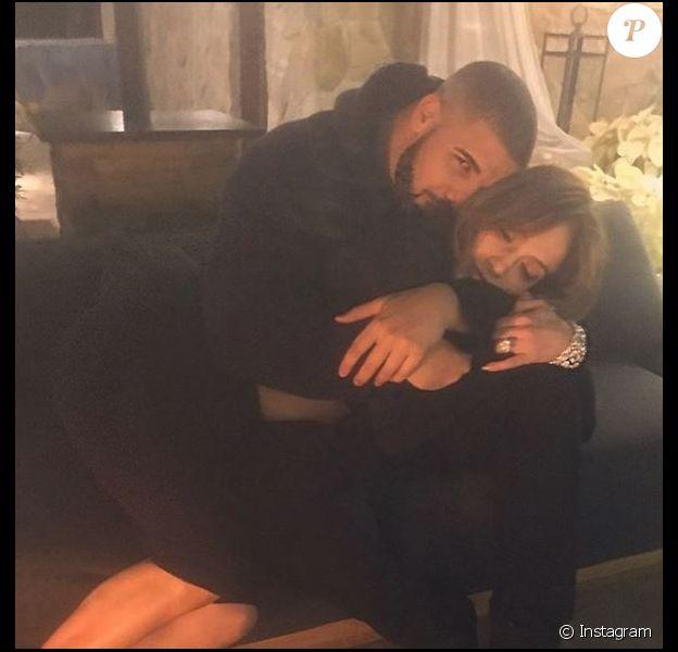 Jennifer Lopez et Drake, posent sur Instagram le 28 décembre 2016