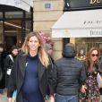 """Lorena Vergani, enceinte - Sorties du défilé de mode """"Schiaparelli"""", collection Haute-Couture printemps-été 2017 à Paris. Le 23 janvier 2017 © CVS - Veeren / Bestimage"""