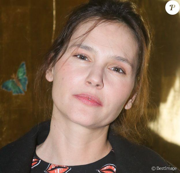 """Virginie Ledoyen - Soirée """"Harumi Klossowska de Rola"""" à l'Ecole des Arts Joailliers à Paris, le 22 janvier 2017. © CVS-Veeren/Bestimage"""