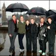 Stephen Fry, James MacTeigue, Natalie Portman, John Hurt, Joel Silver et Stephen Rea - Photocall du film V pour Vendetta à Londres en 2006