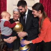 Nikola Karabatic, en famille à l'Élysée : Son petit Alek, sa plus grande fierté