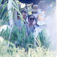 """Exclusif - Angelina Jolie semble très proche d'un mystérieux inconnu, alors qu'elle entame le tournage de son nouveau film """"First They Killed My Father"""" à Siem Reap au Cambodge, avec qui elle a passé trois heures durant à rire et plaisanter, alors que son mari Brad Pitt était, lui, sur un tournage à Londres....La police et l'armée étaient présentes sur les lieux du tournage pour protéger Angelina Jolie de ses fans. Le 19 novembre 2015"""