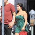 Ariel Winter fait du shopping avec son compagnon Levi Meaden à Los Angeles, le 24 avril 2018  20-year-old actress Ariel Winter looked simply adorable wearing a green romper while out getting some shopping done with boyfriend Levi Meaden - 24th april 201824/04/2018 - Los Angeles