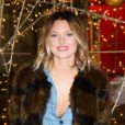 Caroline Receveur lance le coup d'envoi des illuminations de Noël au Forum des Halles à Paris, le 16 novembre 2016.