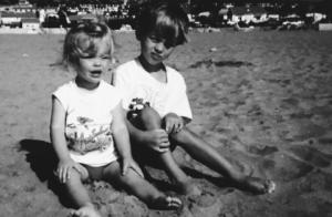 Caroline Receveur, son enfance avec un frère tyrannique :