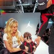 Ice-T assorti à sa fille Chanel pour son premier défilé lors de la Fashion Week