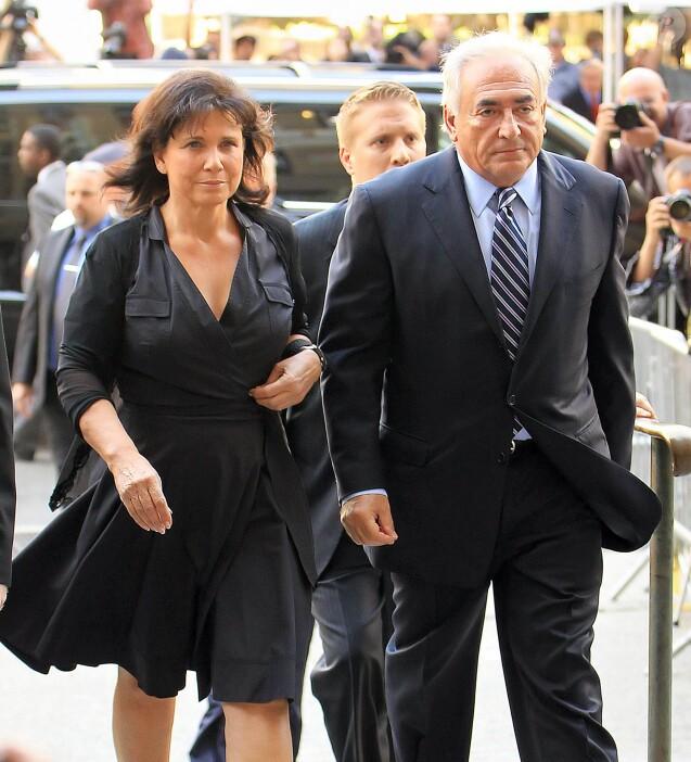 Dominique Strauss-Kahn et sa femme Anne Sinclair arrivent à la cour pénale de New York le 23 août 2011.