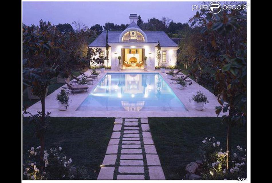 Voici la nouvelle maison de michael jackson 100 000 dollars le mois ici - Nouvel an a la maison ...