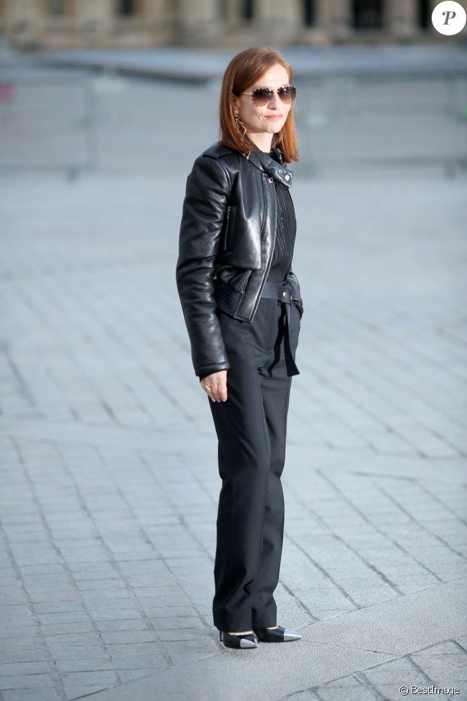 Isabelle huppert au d fil de mode louis vuitton for Pret a porter uk