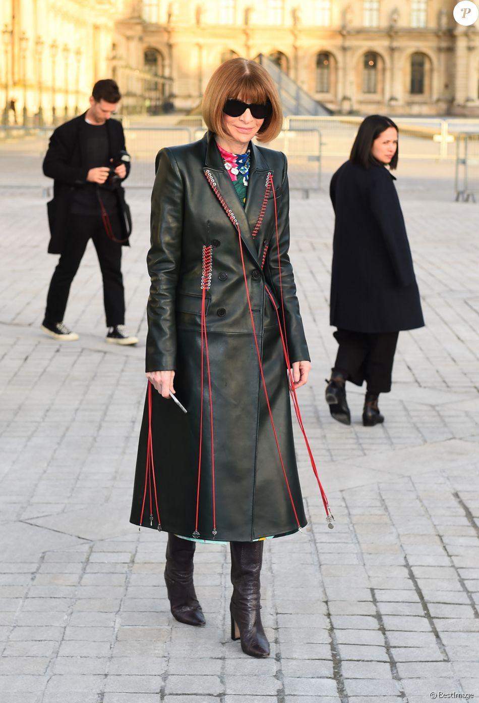 Anna Wintour au défilé de mode  quot Louis Vuitton quot , collection prêt-à 1ffff6972f7